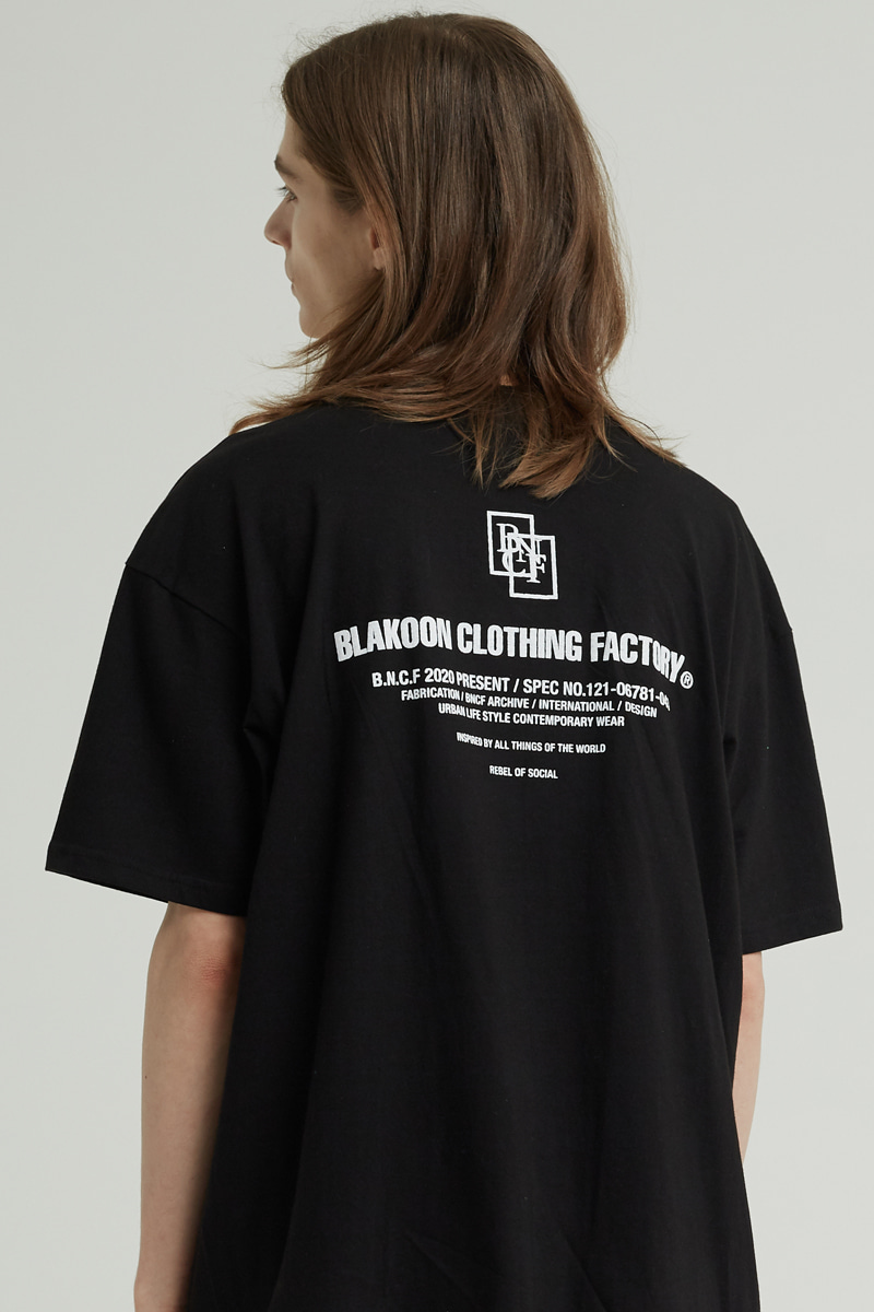 BACK LETTERING T-SHRITS (BLACK)